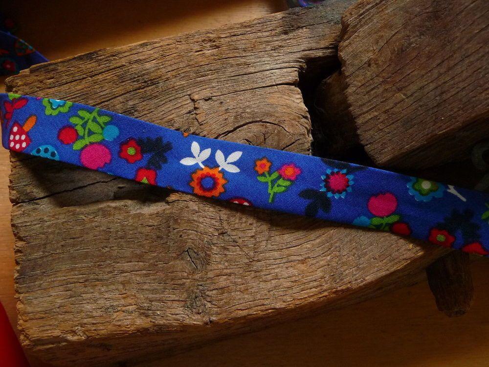 Kinder Borte, Schrägband, Blau, Blumen, 2 m Stücke, 2 cm breit