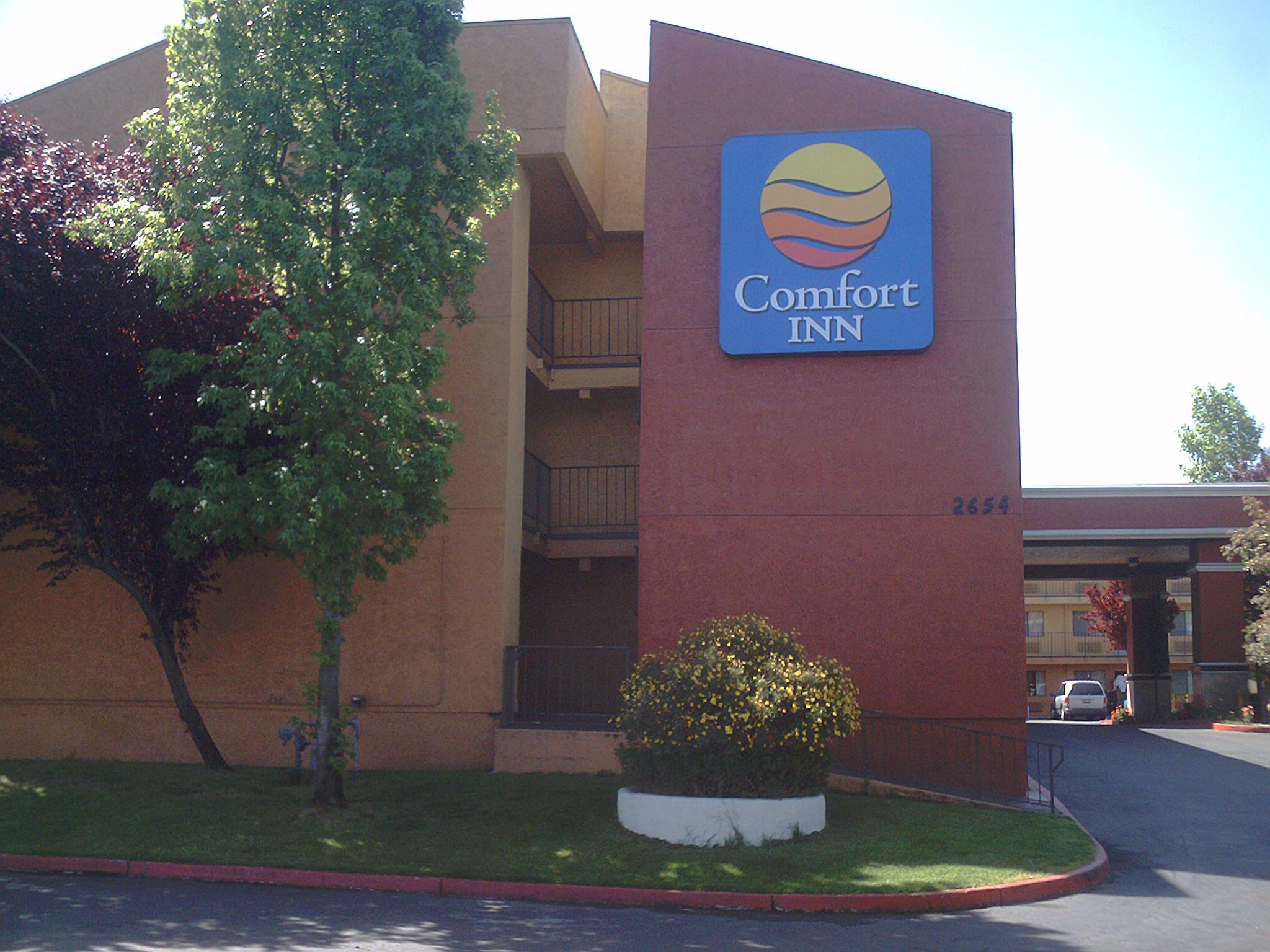 Comfort Inn Stockton I 5 And March Lane With Images Stockton