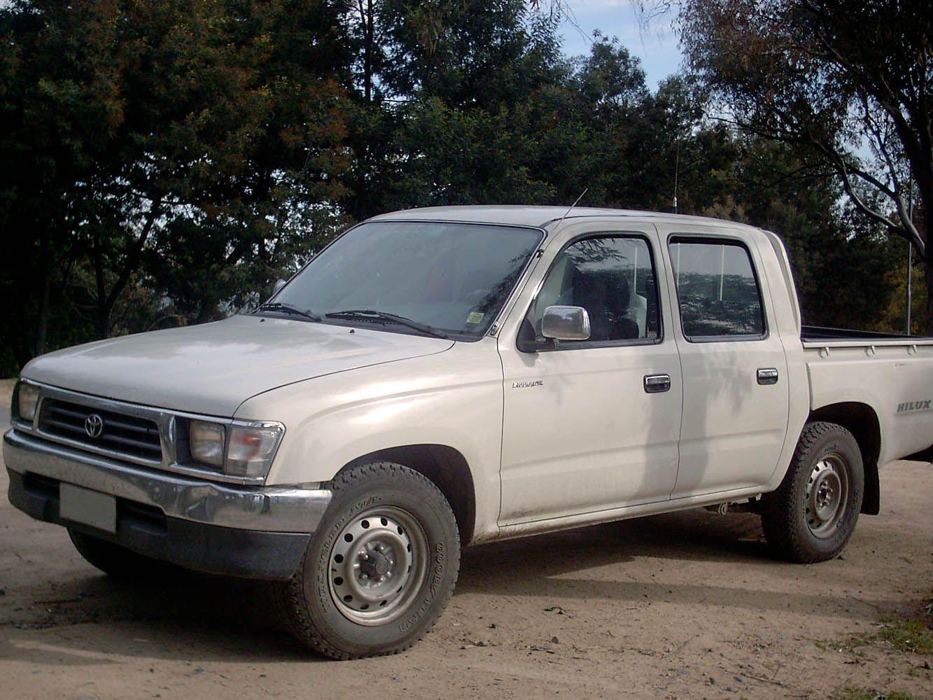 Toyota hilux dlx 24d
