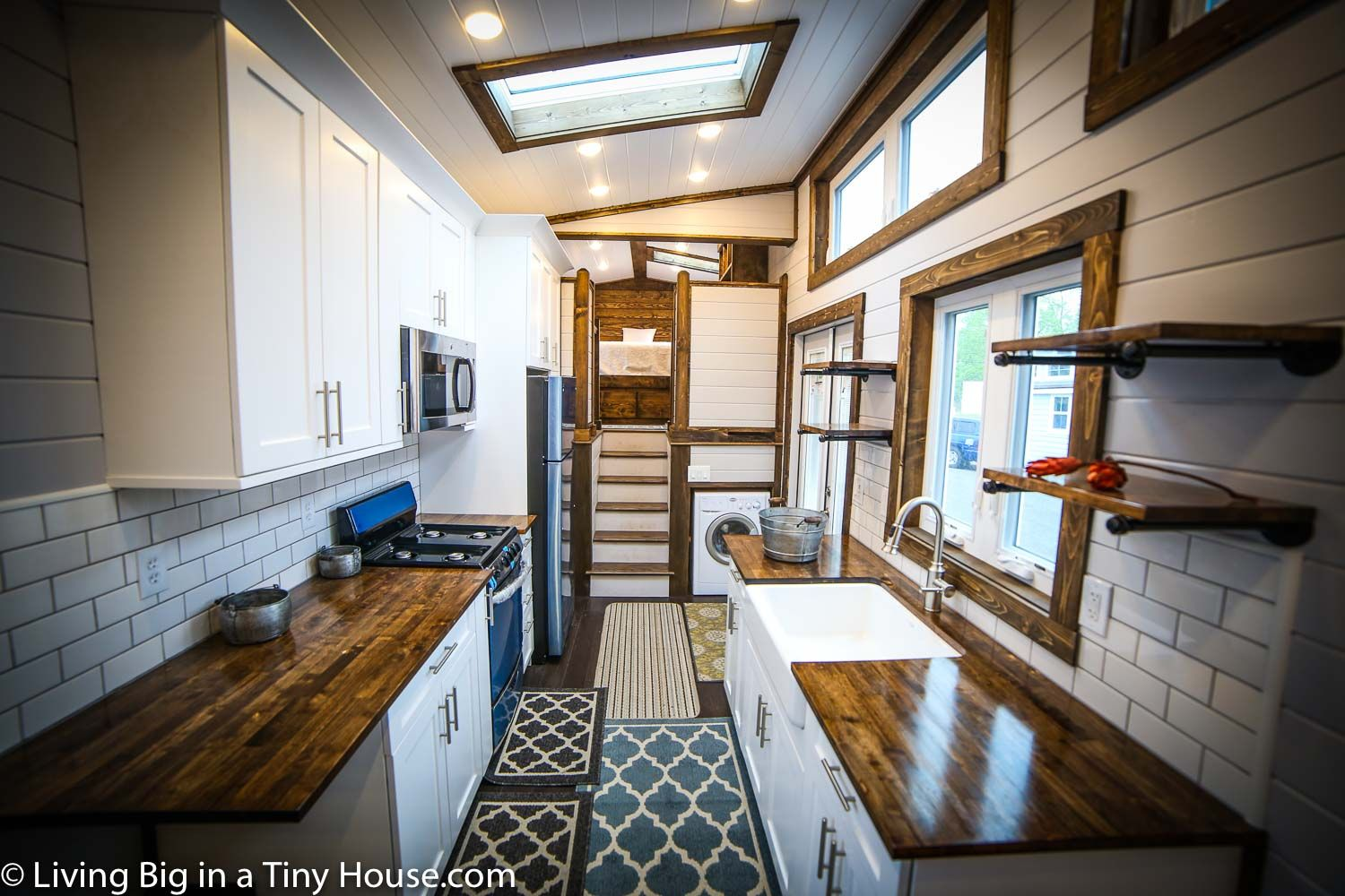 At Roughly 40 X 8ft 12 X 2 5m It S Hard To Call This Home On Wheels Tiny This Is A Great Example Of What Happens House Small Tiny House Tiny House 2 Bedroom