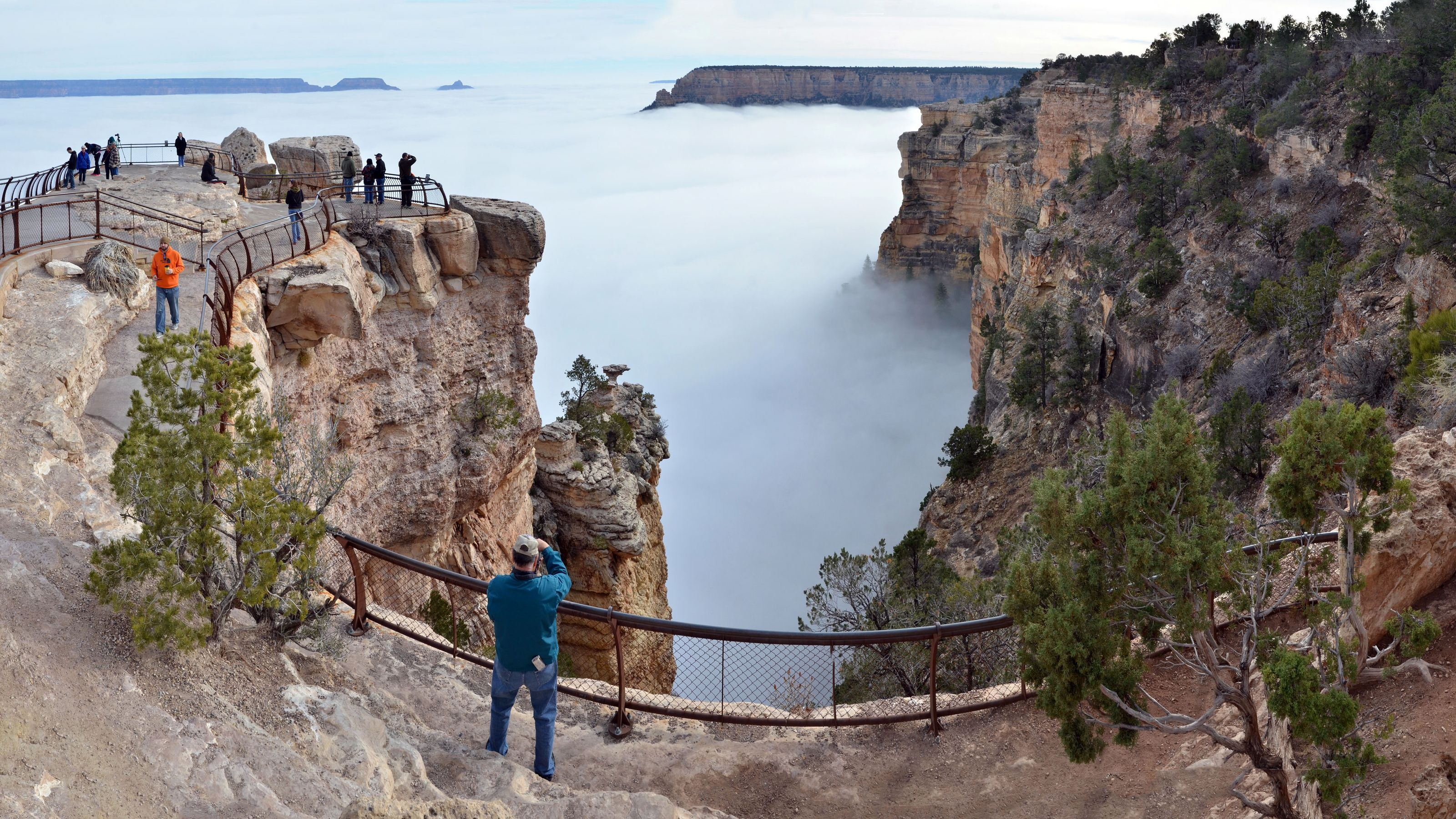 Fog Clouds Fill Grand Canyon In Rare Weather Event How