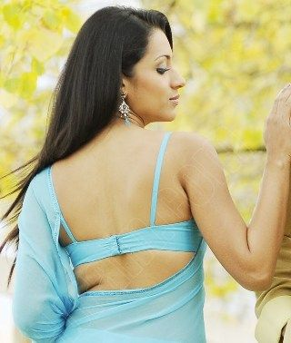 Actress Trisha Krishnan Hot Hd Wallpapers Sexy Bikini Photos