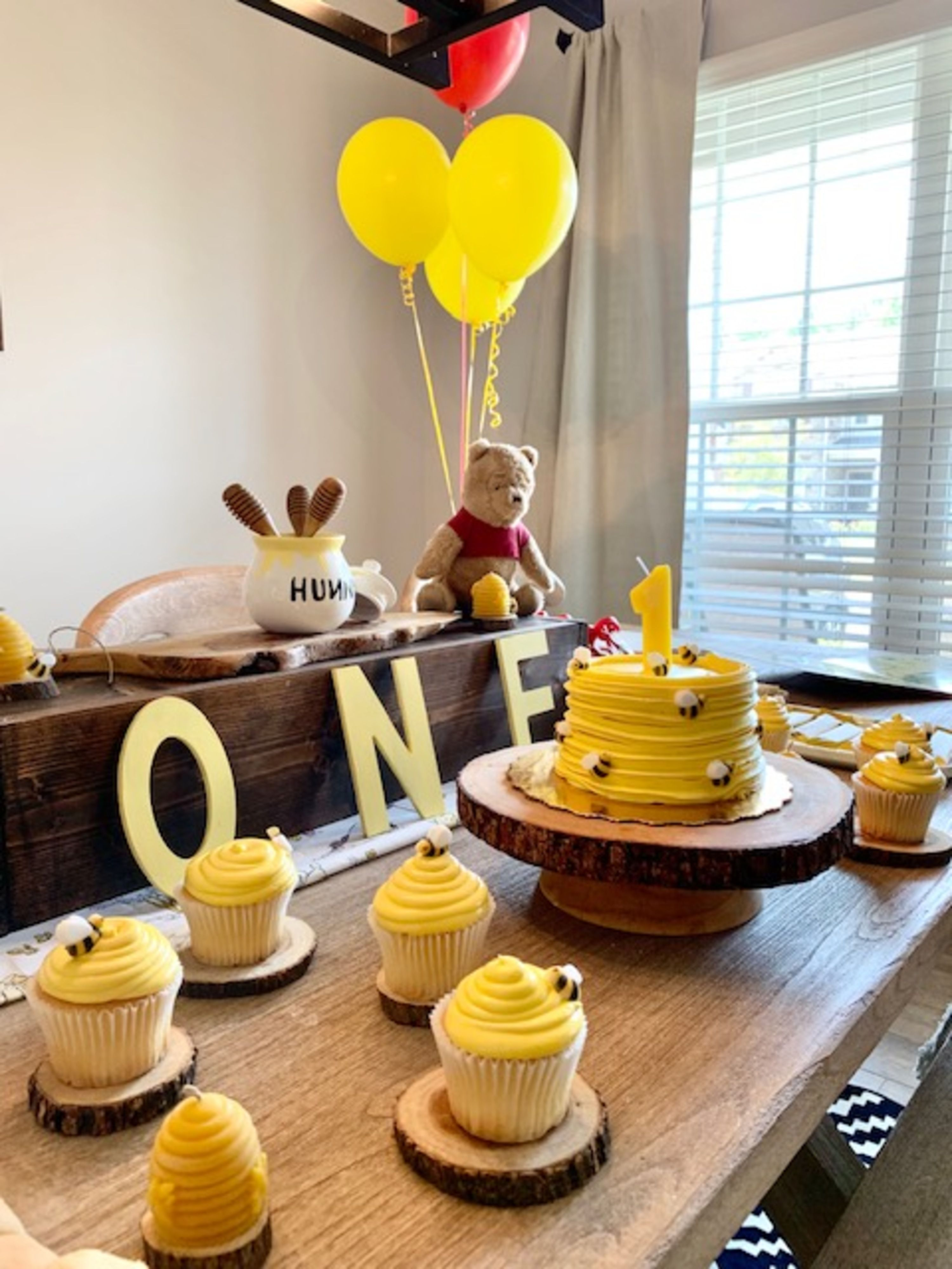 Classic Winnie the Pooh One Year Old Birthday Party