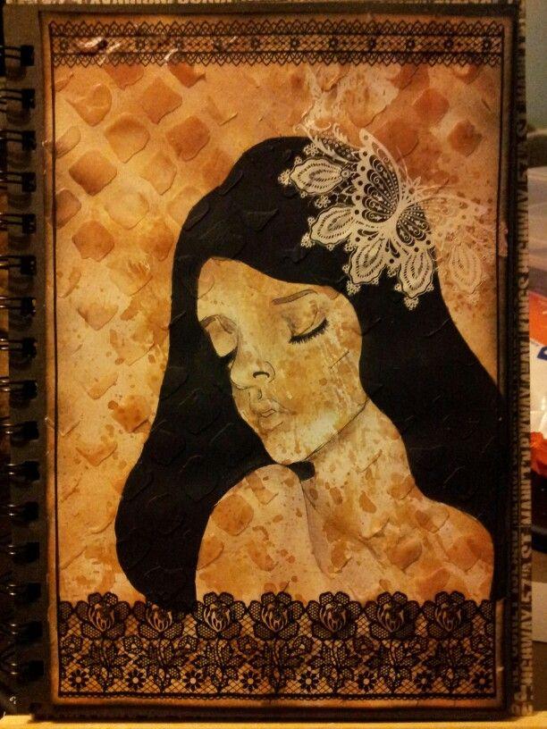 Black hair lady. Charcoal pencil on a background of gel medium Finnabair pattern and Distress ink. Inspired by Audrey Kawasaki. Miranda Bosch - Thurlings