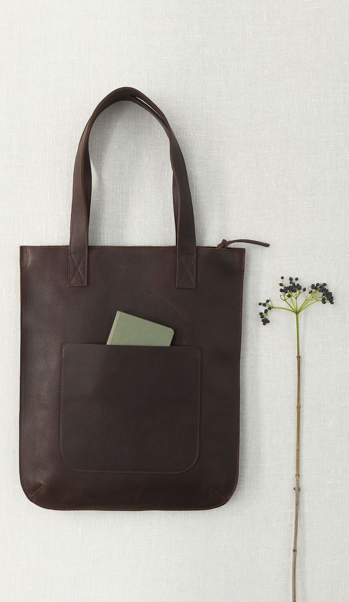 d92f3856e69 Keecie - hungry harry bag in darkbrown used look leather | bigger bags | grote  tas