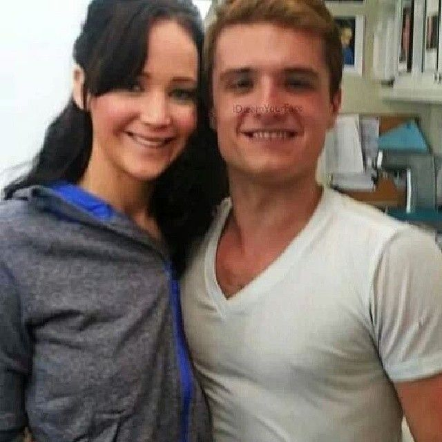 Is Peeta And Katniss Dating In Real Life