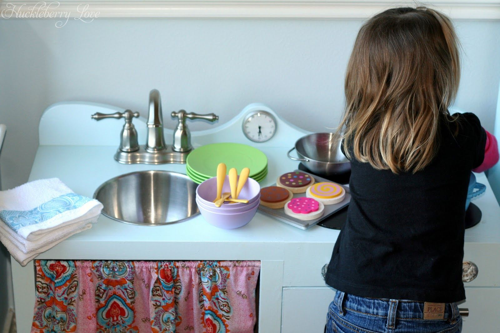 Huckleberry Love: Upcycled Play Kitchen | Repurposing | Pinterest