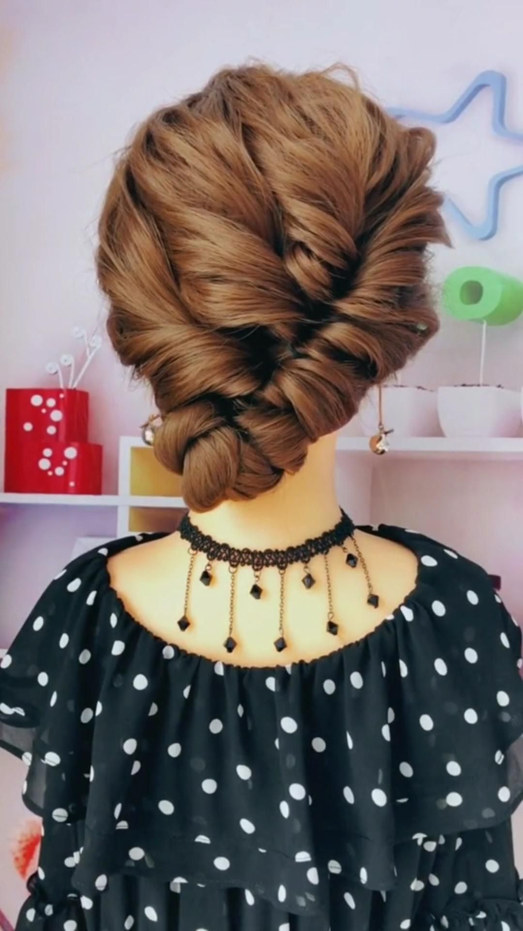Hairstyle Video In 2020 Headband Hairstyles Hair Up Styles Hair Styles