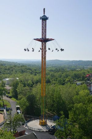 Summer At The Shore This Year Towns Up The Ante Six Flags Great Adventure Six Flags Amusement Park Rides