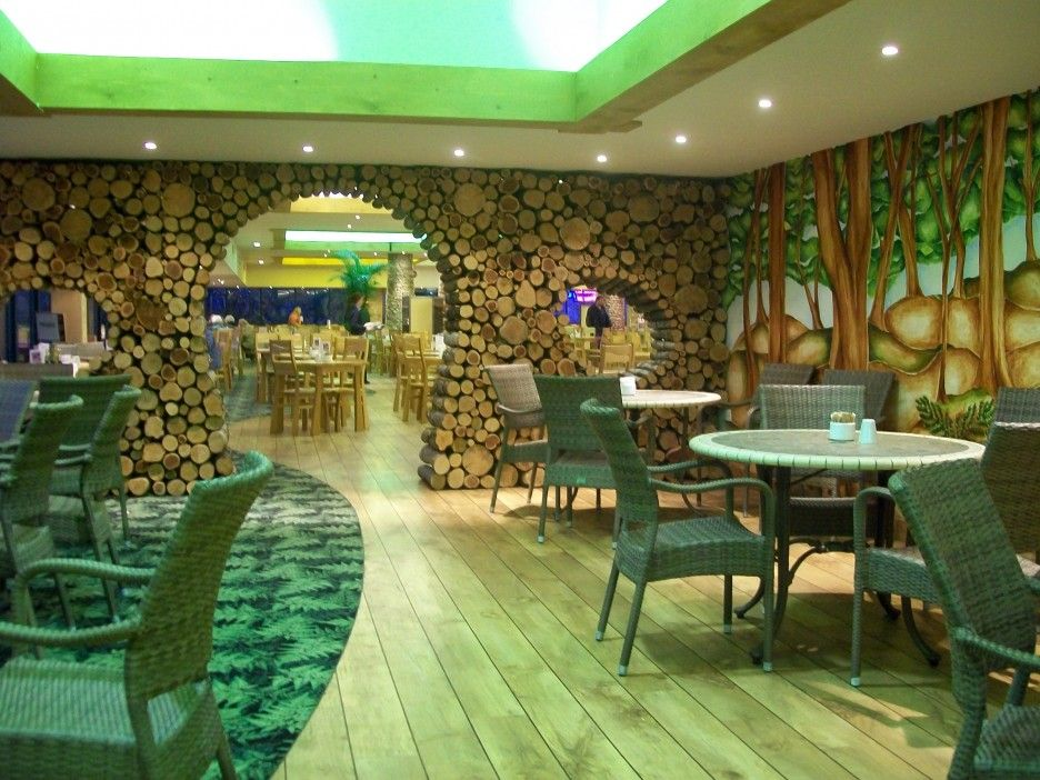 Best Asian Restaurant Interior Design With Green Color
