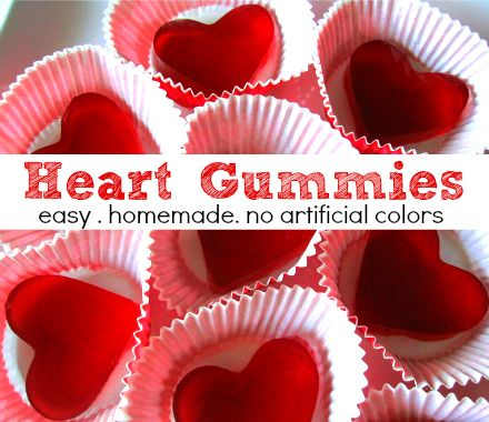 Heart gummies made with juice, so no red food color! Great for a healthy Valentine's Day treat! (One comment says you can buy natural gelatin from grass-fed cows on the amazon website, too!)
