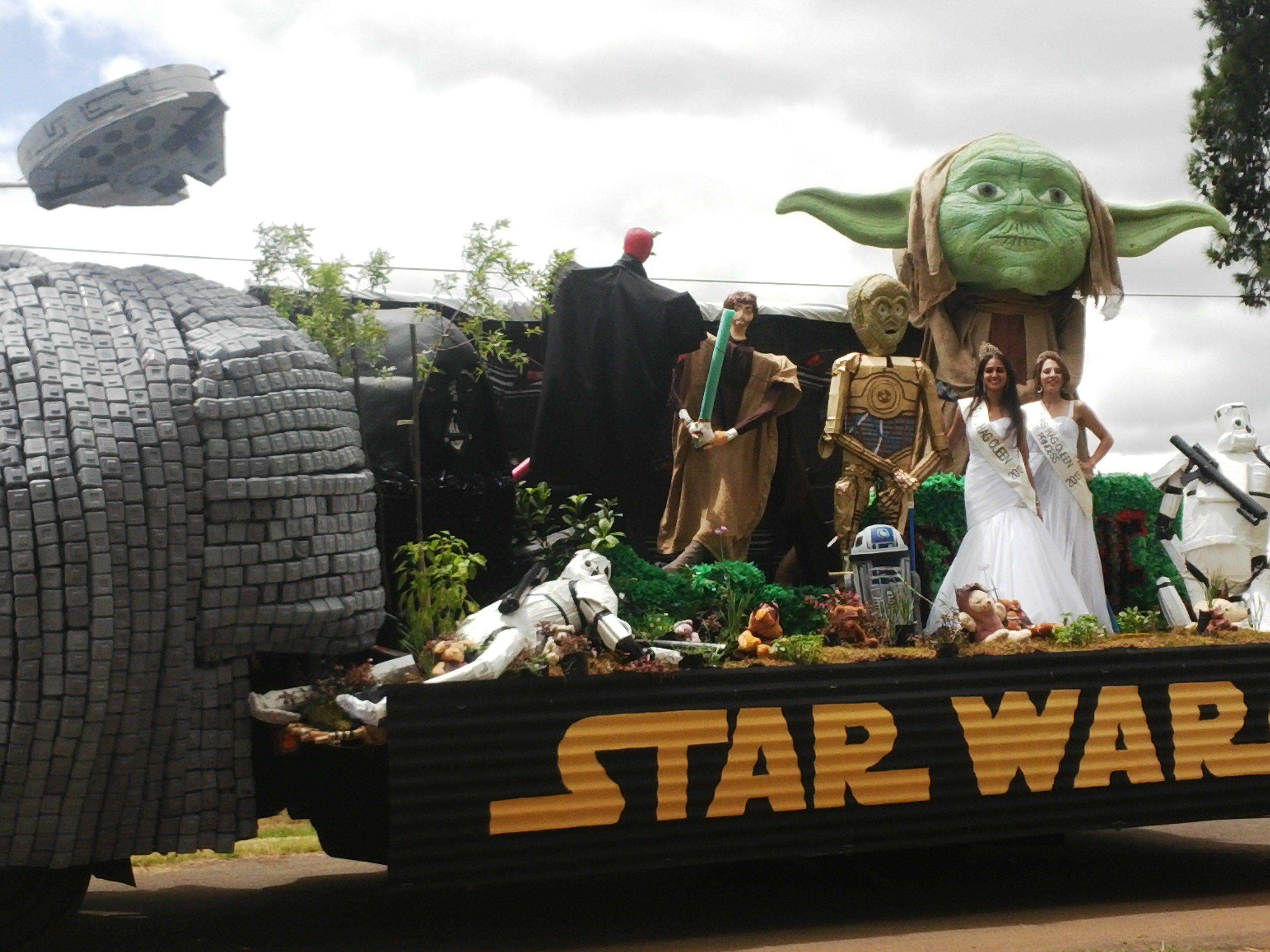 Star wars parade float ideas google search float ideas for Princess float ideas