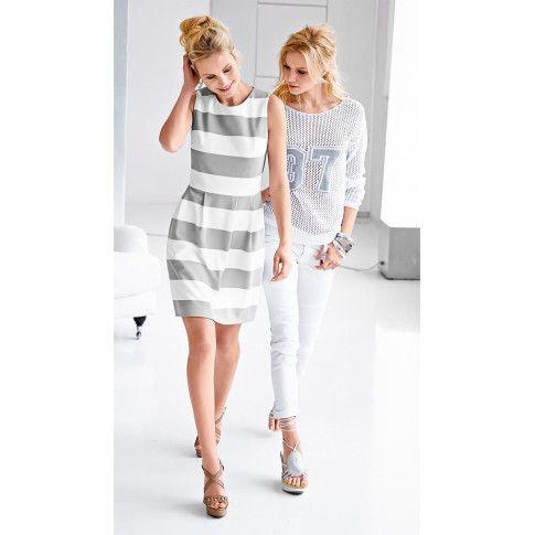 Kleid mit breiten Blockstreifen in Grau und Weiß mit betonter Taille.
