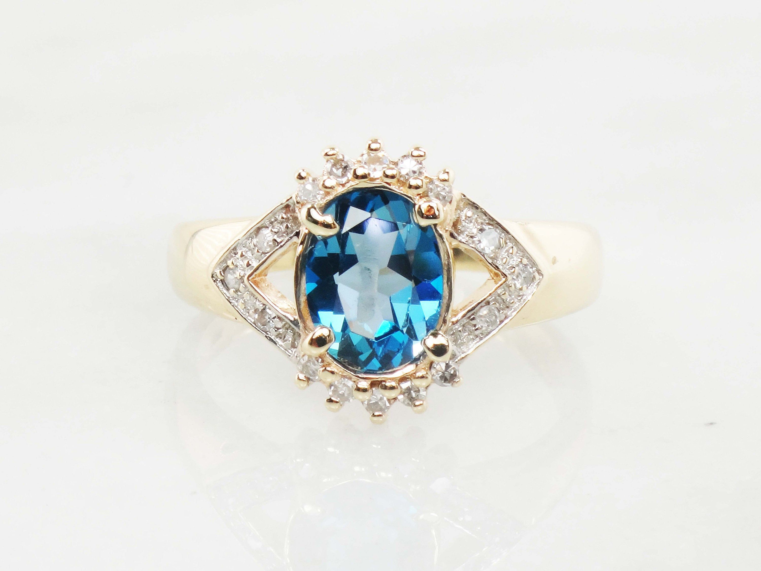 Vintage 10k Blue Topaz Ring Yellow Gold Topaz And Diamond Ring Etsy In 2020 Yellow Topaz Ring Beautiful Gold Rings Blue Topaz Ring