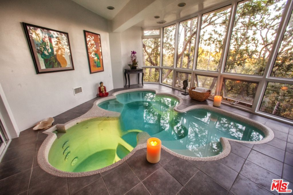 548 Crestline Dr Los Angeles Ca 90049 Zillow Indoor Jacuzzi Luxury Pools Crestline