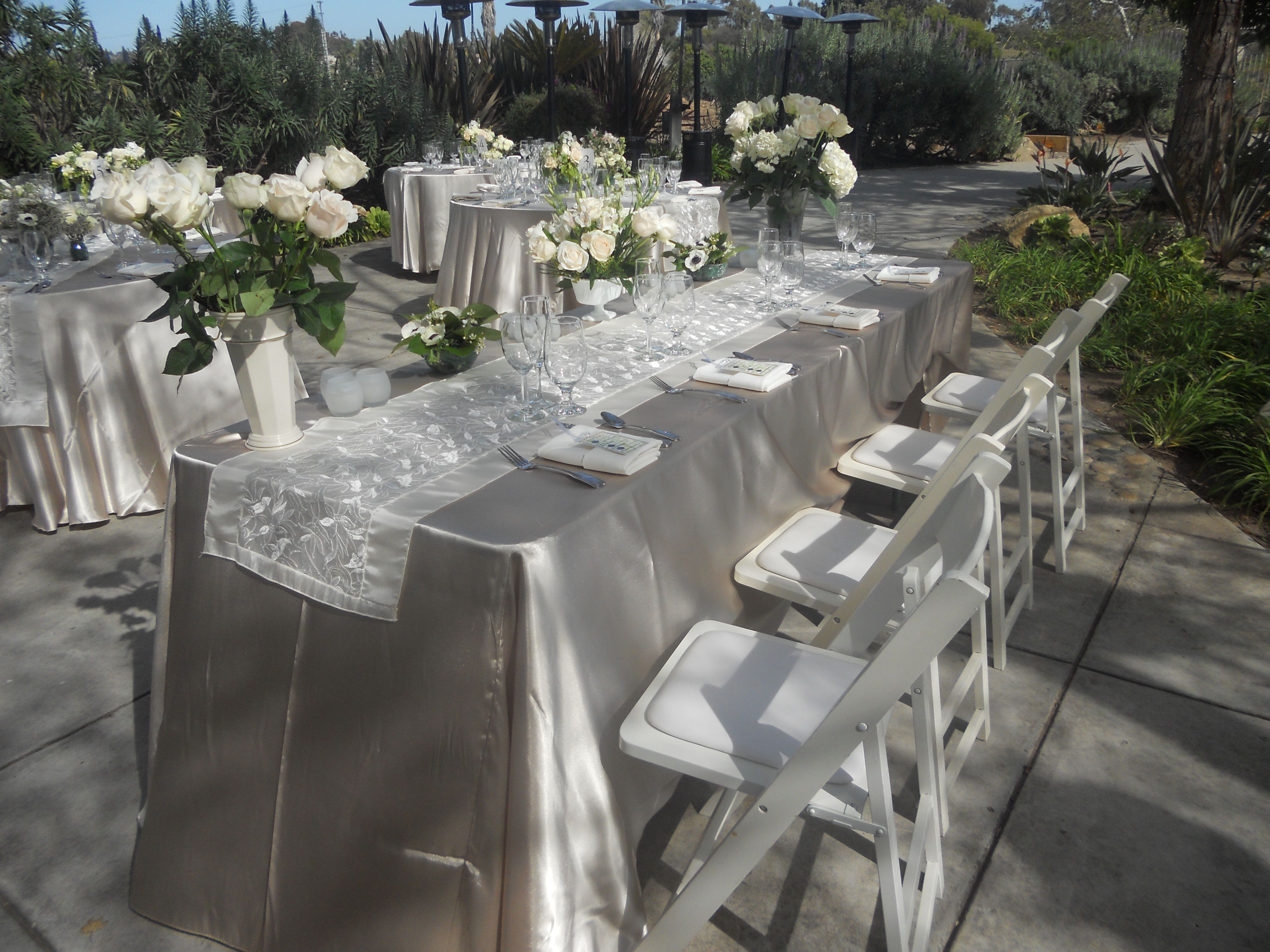 Champagne Satin Linen with an Ivory Organza Satin Brocade Table