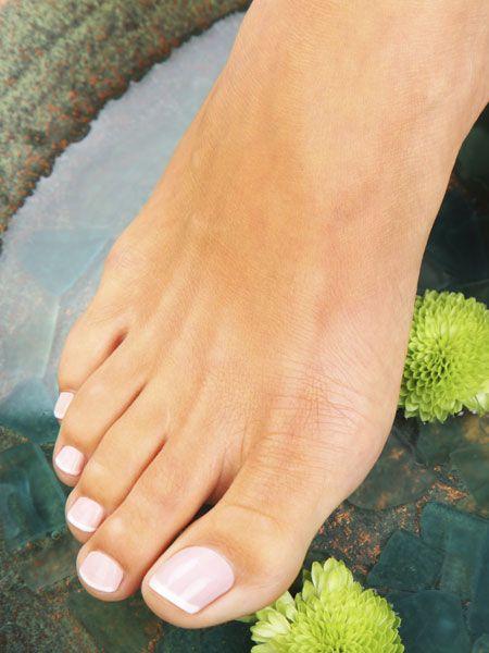 Die Form unserer Füße kann uns angeblich einiges über die Persönlichkeit und den Charakter des Menschen verraten. Stimmt das? Findet es
