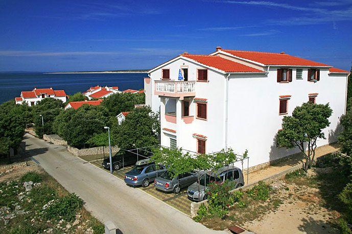Apartmány Ivica, Mandre, Ostrov Pag, Chorvatsko: http://www.novalja.cz/chorvatsko/letoviska/letovisko-ostrov-pag-mandre/apartmany-ivica/