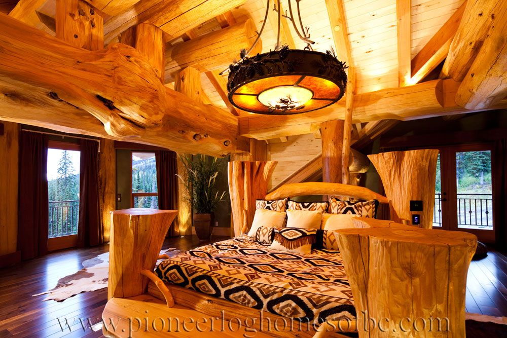 chalet pioneer deco chalet de luxe en rondin ambiance chalet hiver cocooning chalet maison. Black Bedroom Furniture Sets. Home Design Ideas