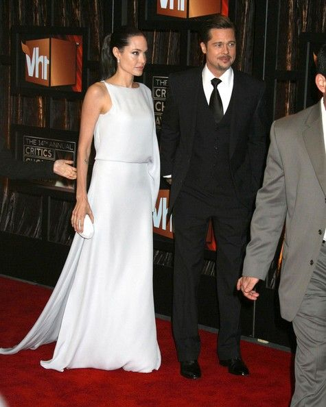 Angelina Jolie - VH1's 14th Annual Critics' Choice Awards