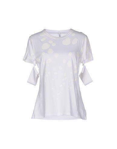 NEIL BARRETT T-Shirt. #neilbarrett #cloth #dress #top #skirt #pant #coat #jacket #jecket #beachwear #