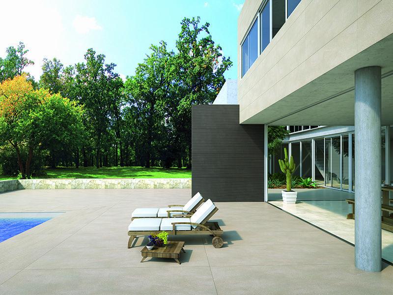 EC1 Levitas 5,6 - Lasitettu porcellanato. Sarjassa on kolme massiivista laattakokoa, 100×300, 100×100 ja 50×150 cm, kuusi maanläheistä väriä ja kolme pintaa. Kuvassa ovat värit Farringdon Bianco, Holborn Taupe ja Docks Fango.