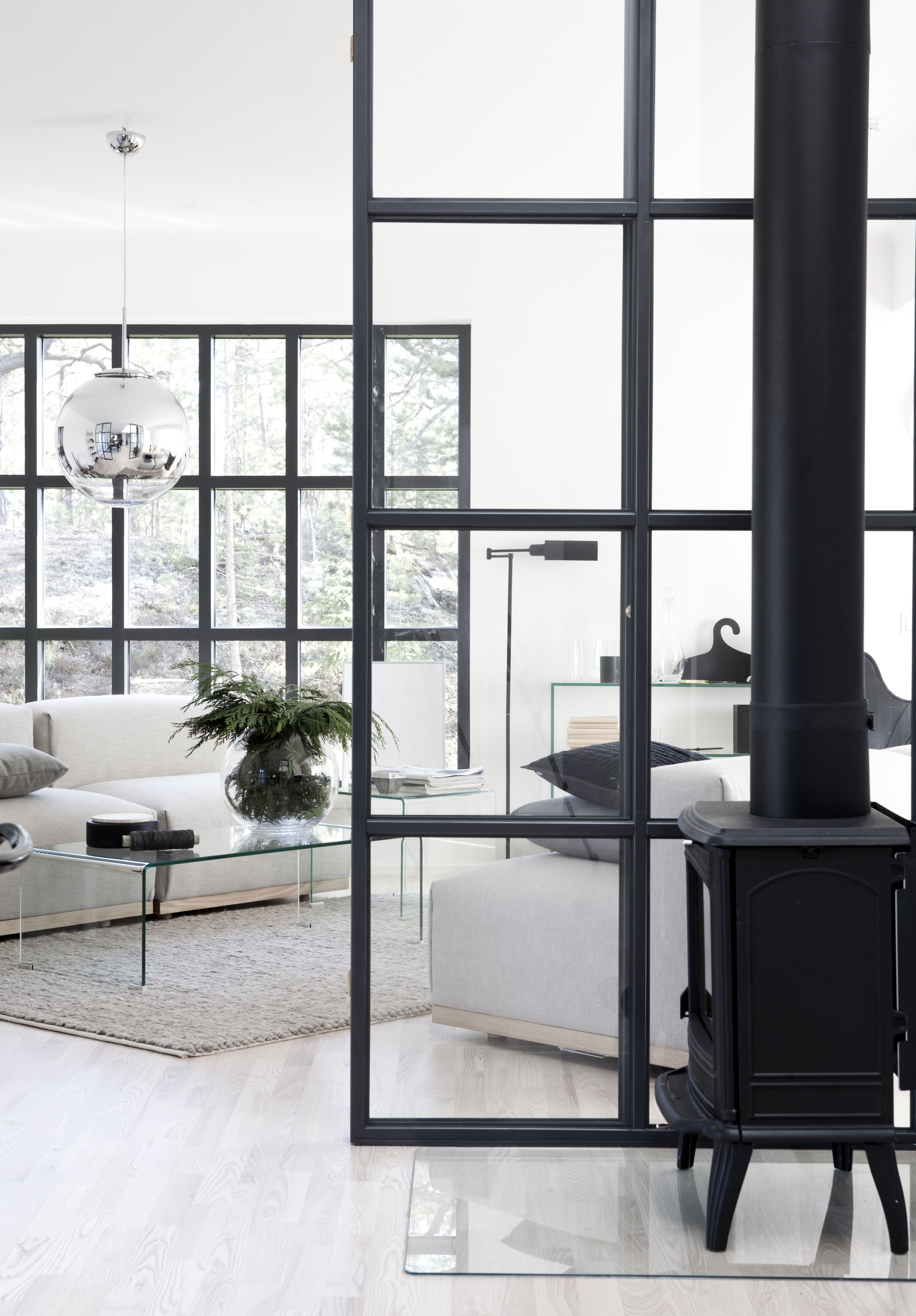 Industrial windows in house from BLOOC | BLOOC - Husprodukt Lone ...