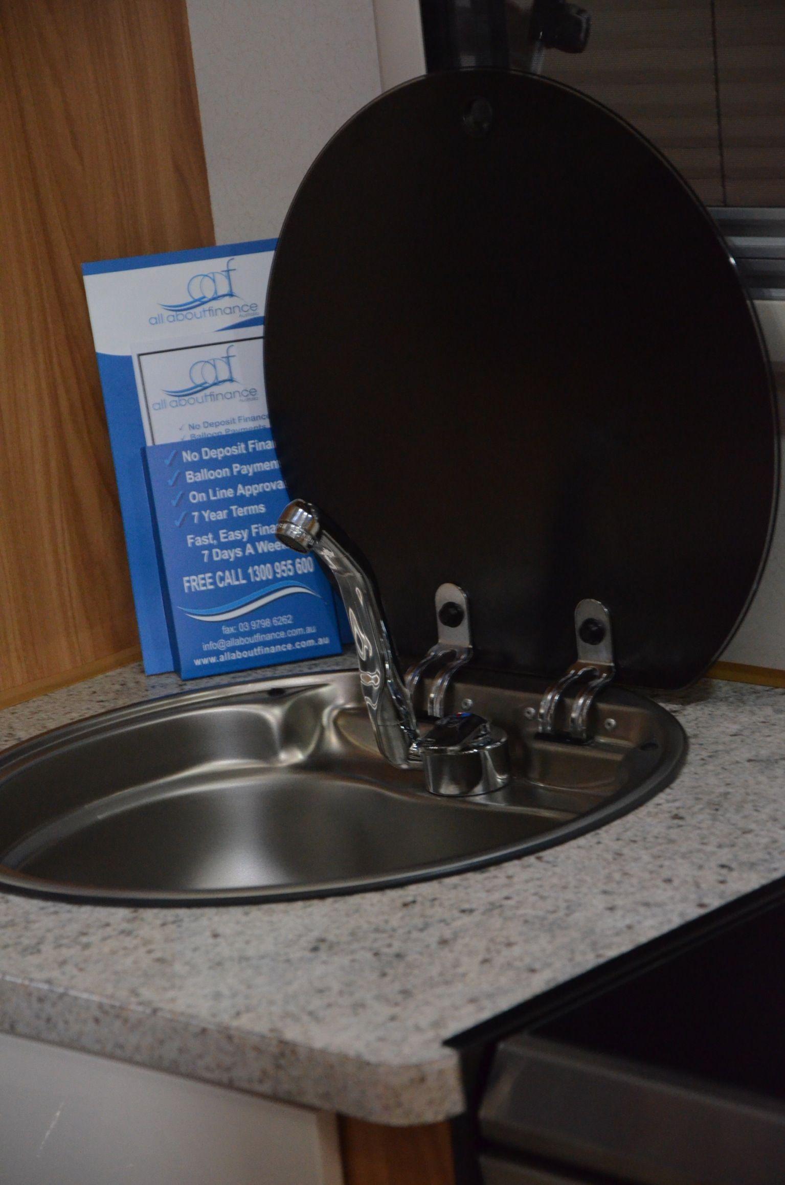 Sink again in detail