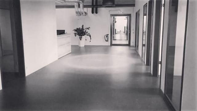 appcom video  lunchtime   runningman   slomo   duesseldorf