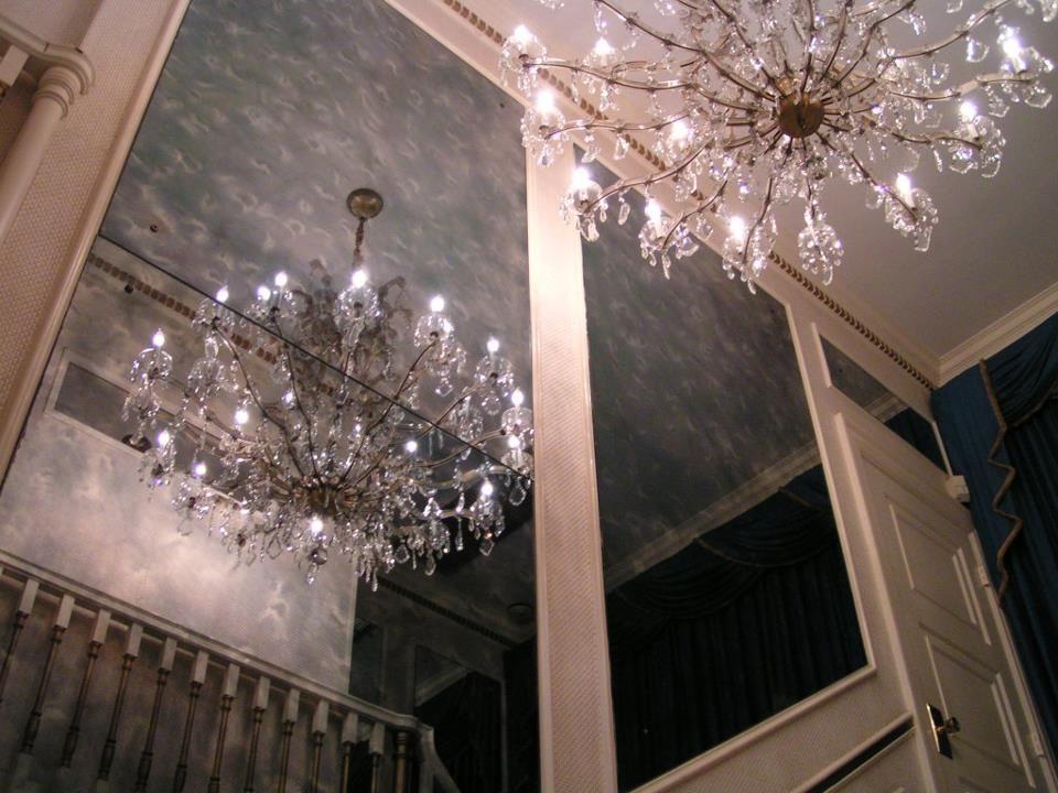 Chandelier Wow Inside Graceland Graceland Graceland Memphis