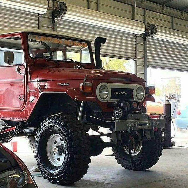 2003 Toyota Land Cruiser Transmission: Big Tall Mud Rig FJ40 Super Swampers With Lift