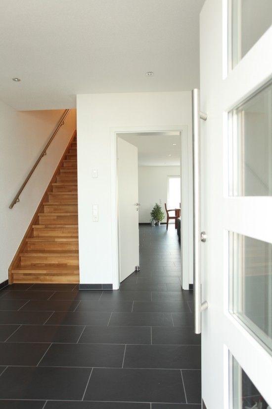 Fertighaus Wohnidee Diele, Flur und Galerie Pultdachhaus floor in