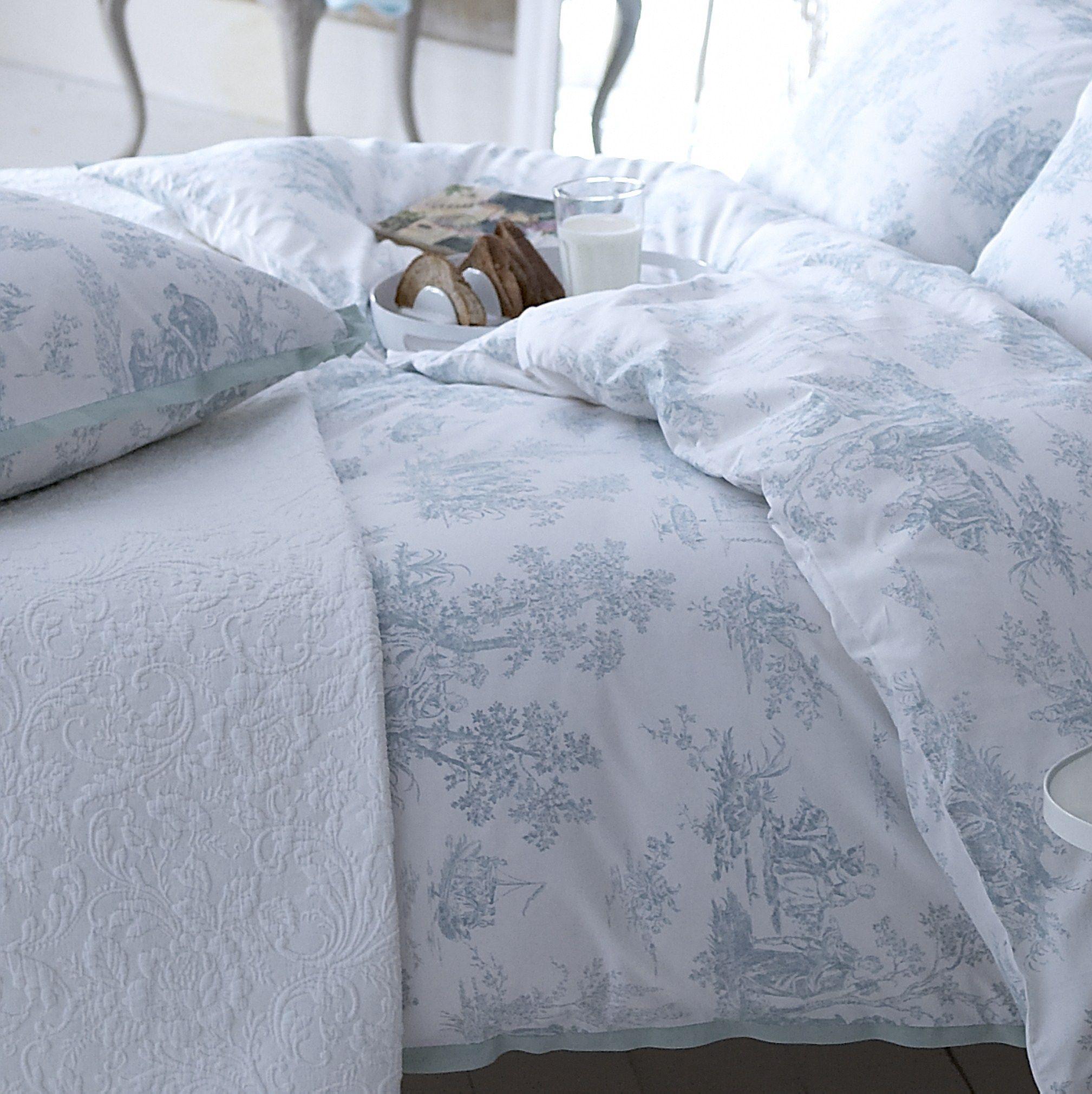 amazing country living pastorale toile de jouy duck egg duvet cover with linge de lit toile de jouy. Black Bedroom Furniture Sets. Home Design Ideas