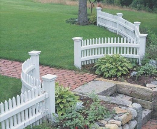 Home Remodeling Improvement Scalloped White Picket Fence Vinyl Too Great Design Ideas Front Yard Landscaping Backyard Fences Fence Design