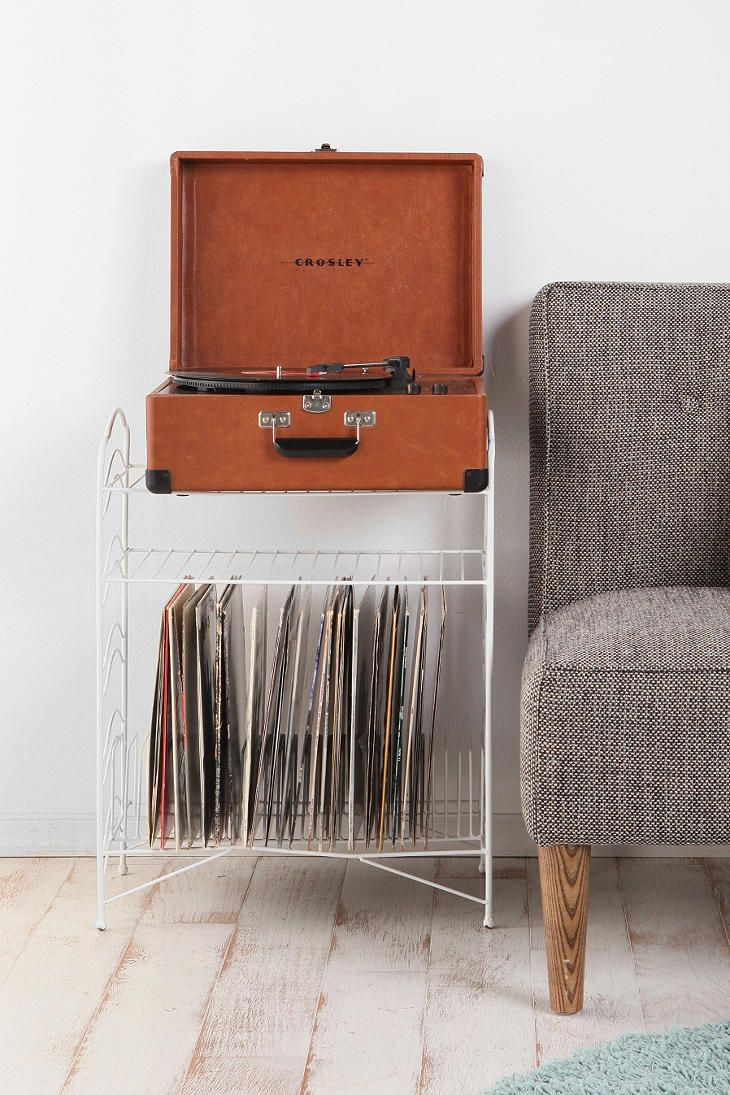 no way my record player set up could fit, but this would be a good storage alternative to my ugly record crate.
