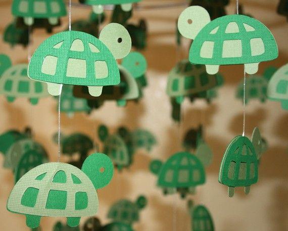 Tiny Turtles Mobile // decoration idea