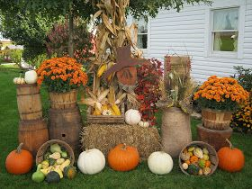deppenhomestead1862: ~ Tuesday Display Chain~ FALL FOILAGE~