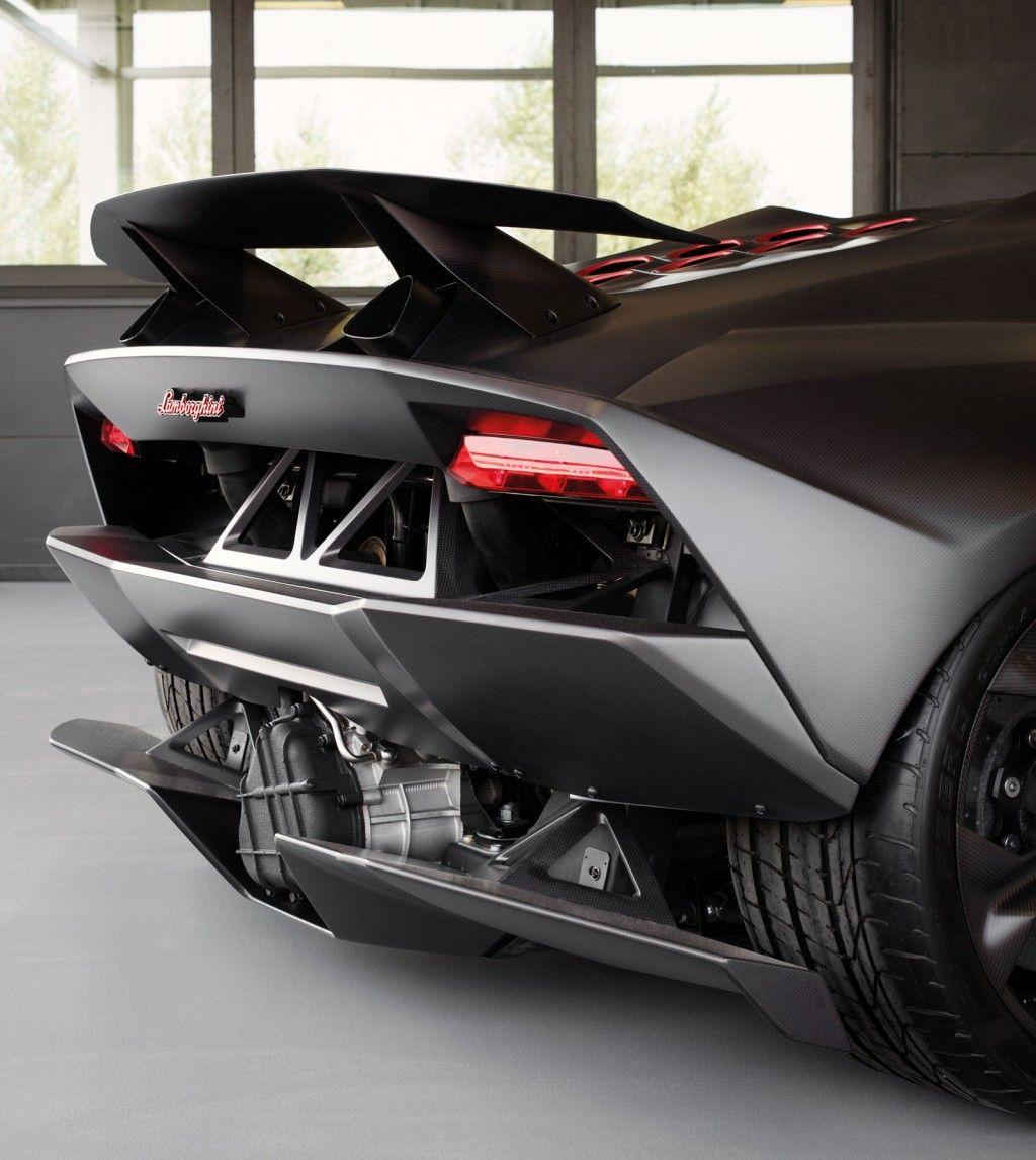 Lamborghini Sesto Elemento Hits The Track: Video
