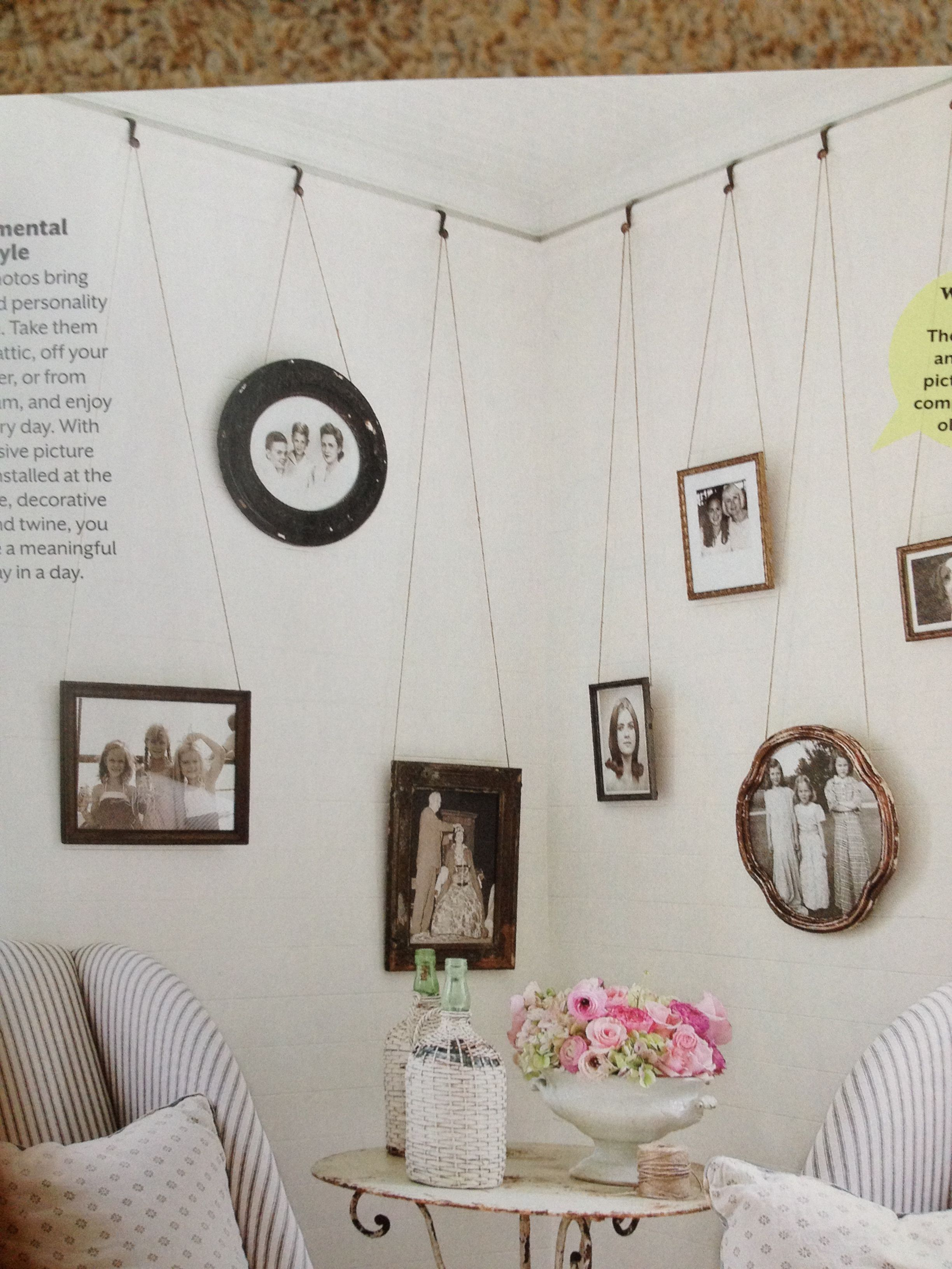 With Inexpensive Picture Molding Installed At The Ceiling Line Decorative Hooks And Twine You Can Hang Pictures Dekor Bilder Aufhangen Haus Deko