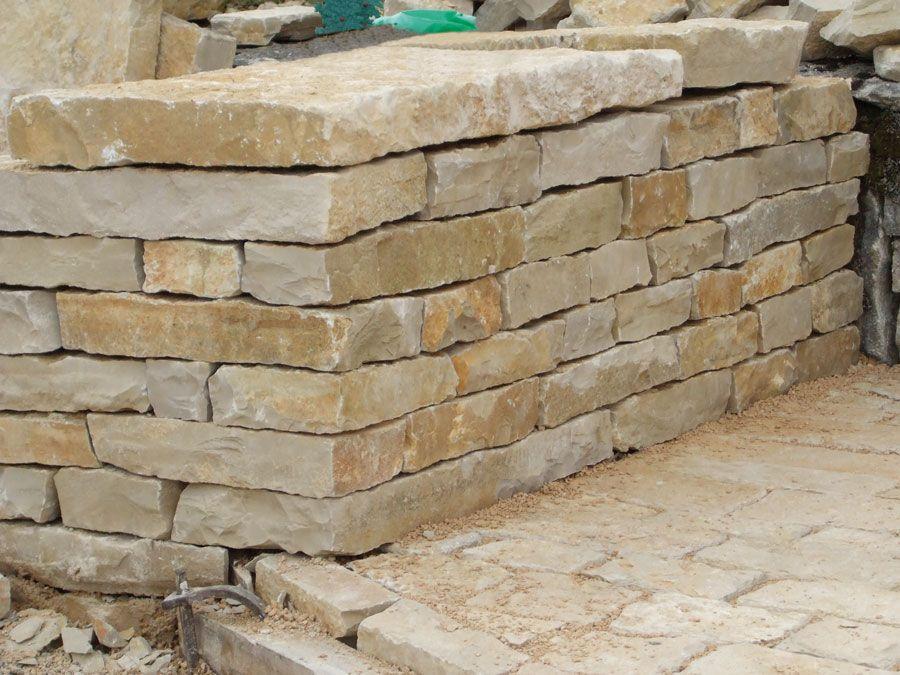 R sultat de recherche d 39 images pour mur pierre seche for Habillage cloture beton
