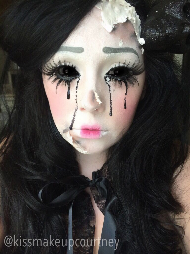 Broken cracked doll makeup Halloween | Kiss & Makeup ...