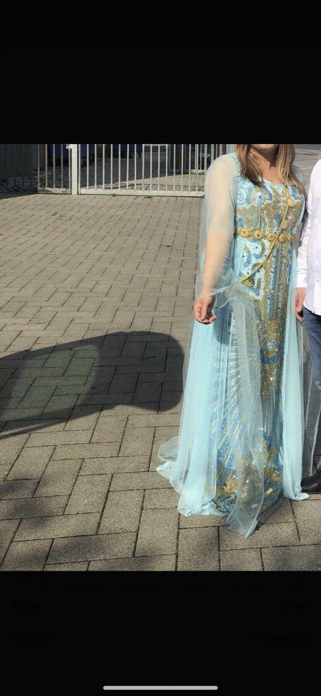 Babyblaues kurdisches Abendkleid/Ballkleid | Mädchenflohmarkt