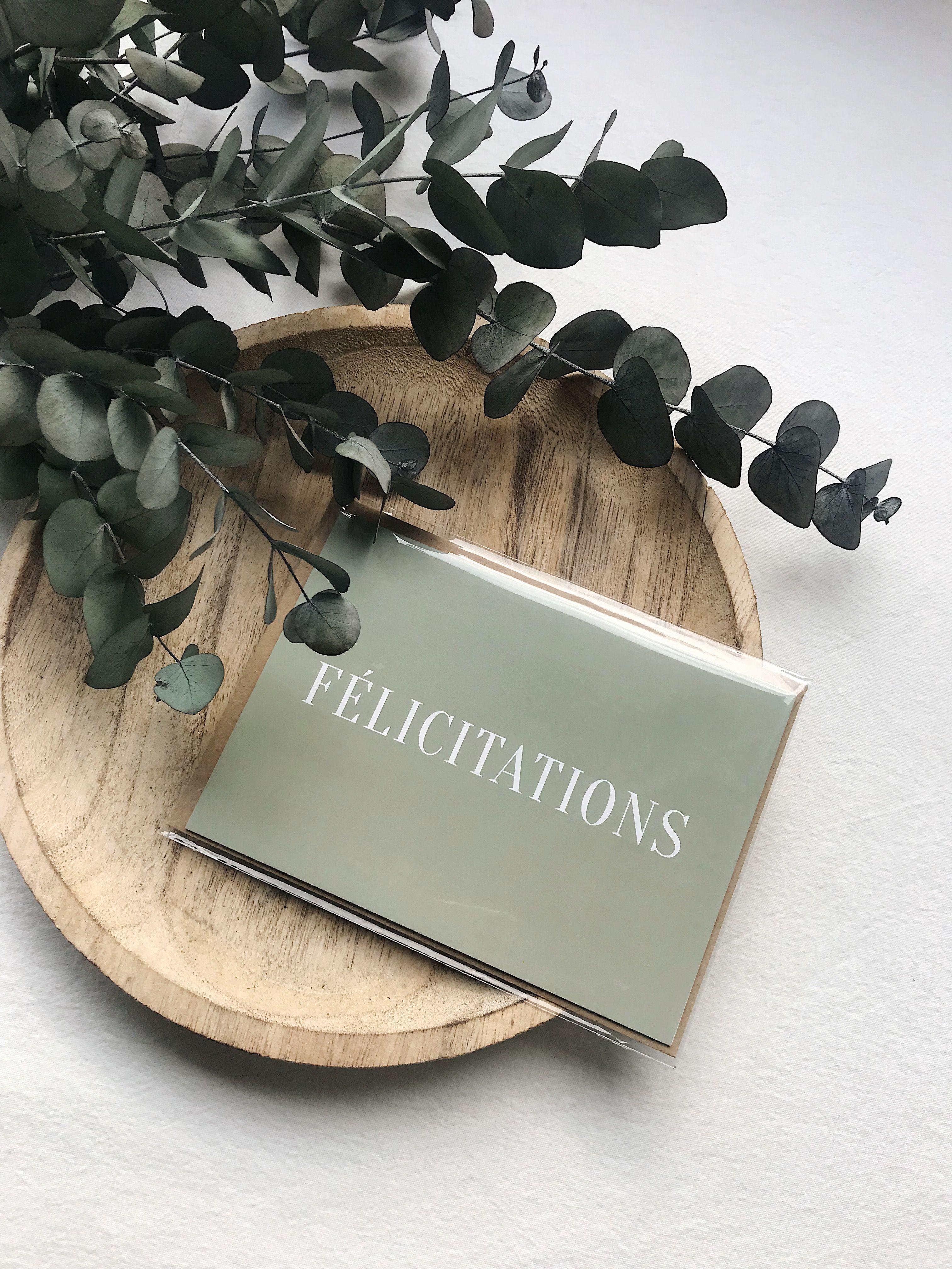 CARTE DE VŒUX FÉLICITATIONS VERT  SEVEN PAPER Une carte de vœux est un élément essentiel pour adresser quelques mots doux
