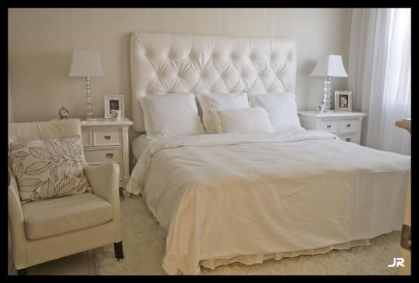 White Master Bedroom Glass Lamps White Tufted Headboard Hotel