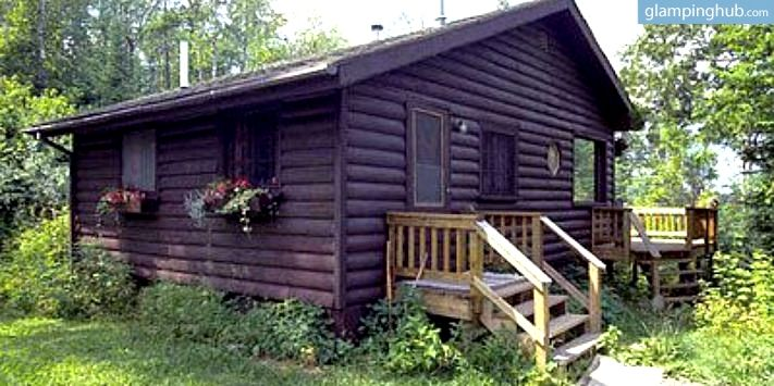 Rustic Cabin For Rent In Minnesotau0027s Northwoods | Waterfront Cabin