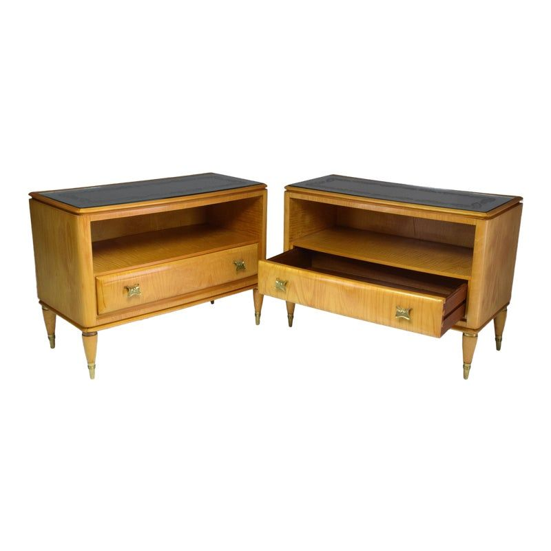 Pair Of Italian Mid Century Maple Wood Nightstands 1940 S Wood