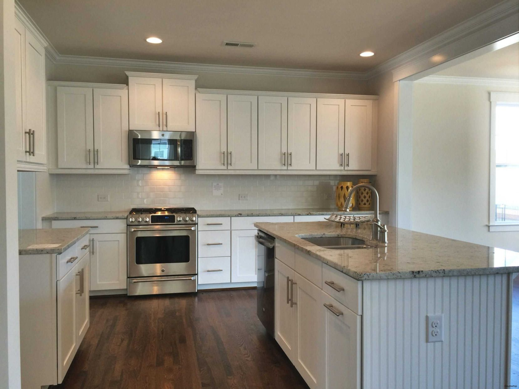 2019 What Should You Use to Clean Granite Countertops - Corner ...