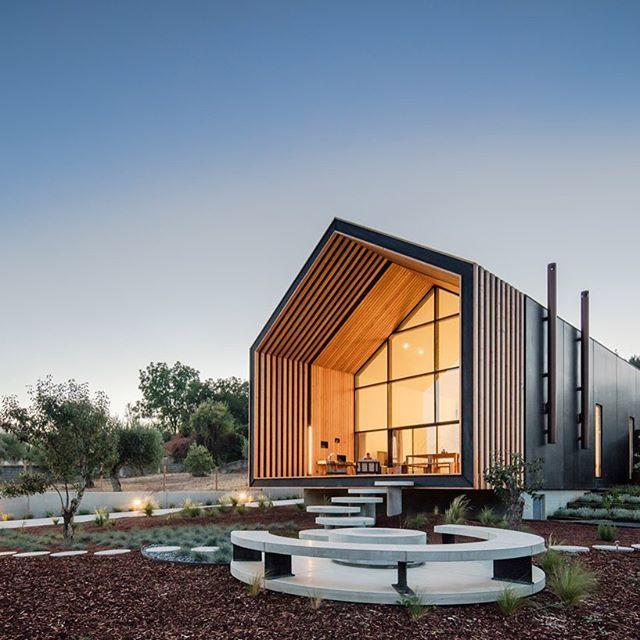 Ecco perch serve un bravo architetto per progettare una for Progettare una casa online