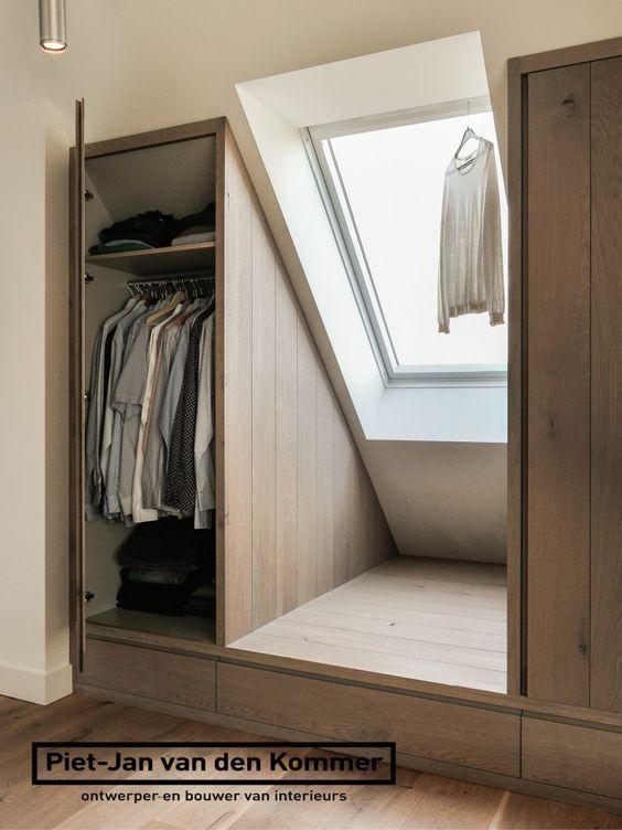 Hast du auch einen Dachboden mit Dachschräge? Mit einem Schrank nach