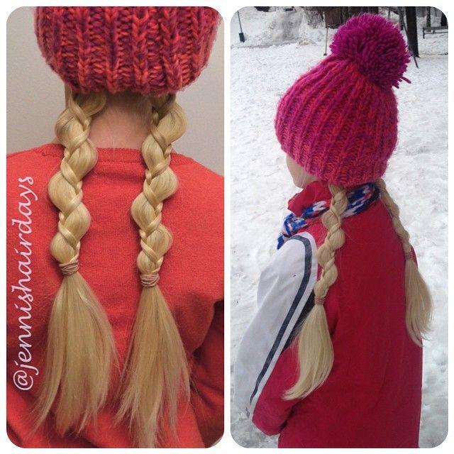 Uneven 3-strand braids to fit under a hat. Talvi hiustyyli: epätasaiset palmikot